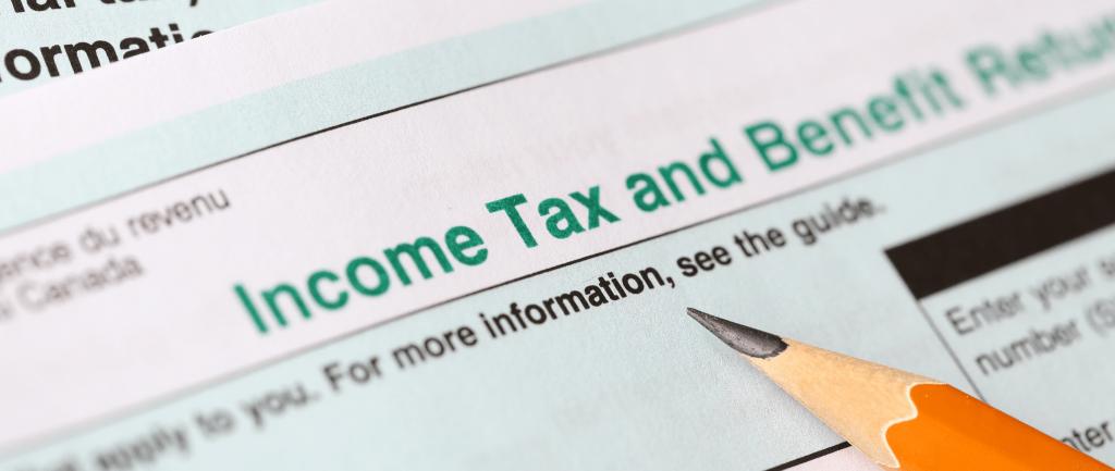 Une déclaration de revenus de l'Agence du revenu du Canada